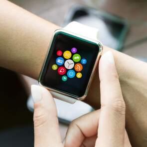 10 aplikací pro chytré hodinky, které vás nadchnou